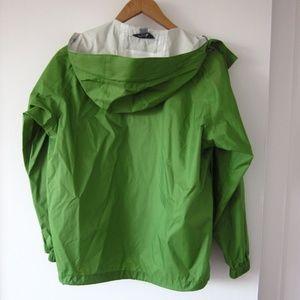 MEC Jackets & Coats - MEC Mountain Equipment CO-OP - Green Raincoat